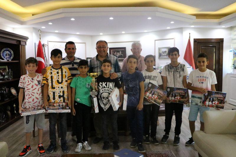 Şampiyon takım Başkan Salman'ı ziyaret etti