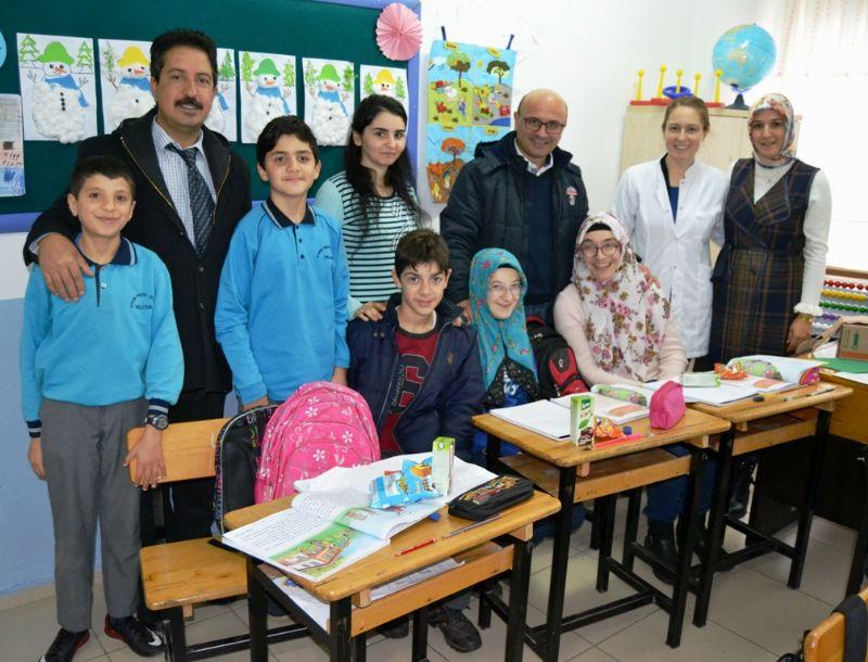 Başkan Oral'dan özel öğrencilere ziyaret