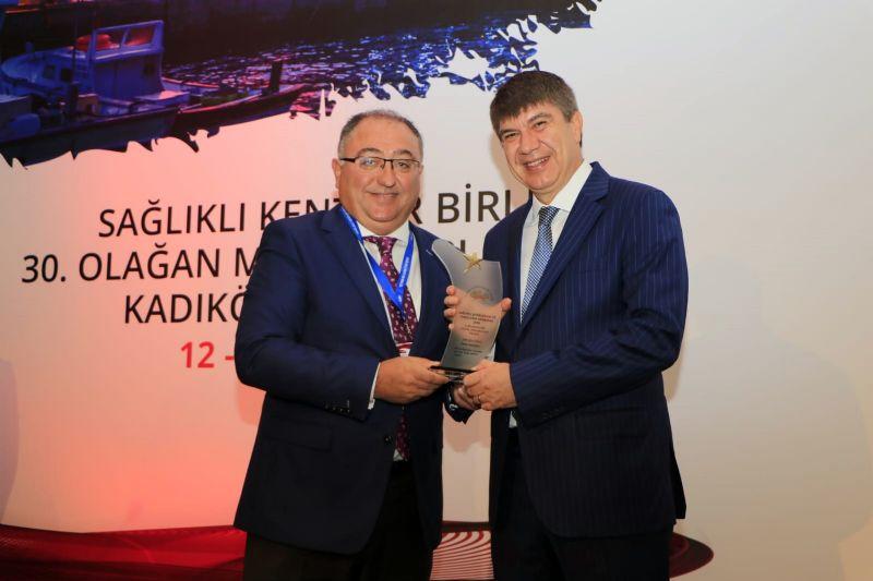 Yalova Belediyesine bir ödül SODEM 'den bir ödül de SKB 'den