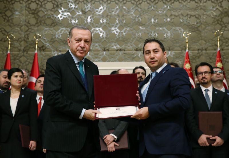 Taşdelen'e TÜBA GEDİP ödülü verildi