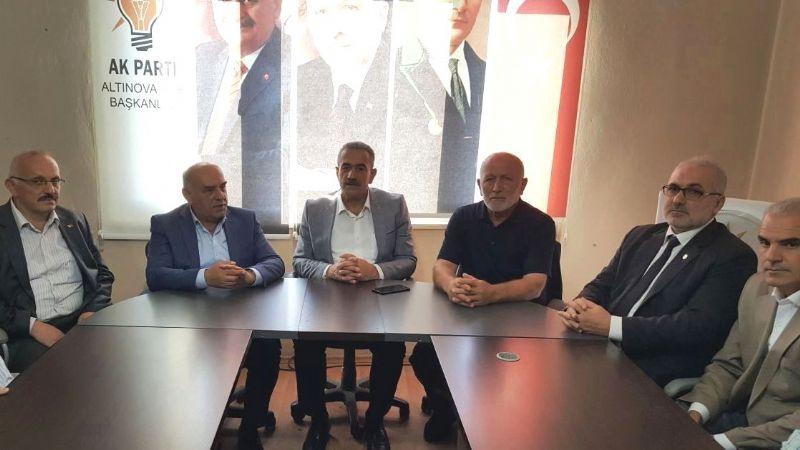AK Parti Altınova'da Zafer ile devam kararı