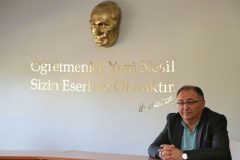 İpek koza el sanatları kursiyerleri sertifikalarını aldı