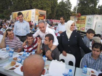 Milletvekili Temel Coşkun, 'Ramazanda, durmak yok koşmaya devam'