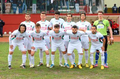 Yalovaspor ilk yarının erteleme maçını kayıpsız geçti: 2-0