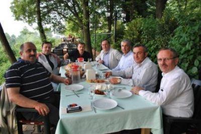 AK Parti Yalova İlçe Başkanları bir araya geldi