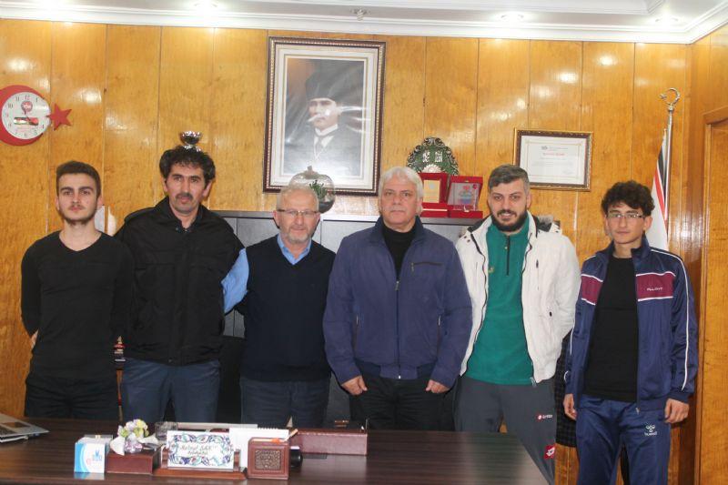 Başkan Şahin, şampiyon sporcuları ağırladı
