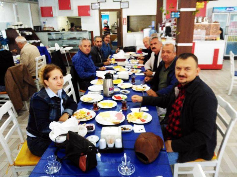 TEMA Yalova gönüllüleri kahvaltıda buluştu