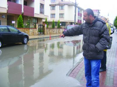 Alt yapı eksikliği, yağmurun yağmasıyla gün yüzüne çıktı