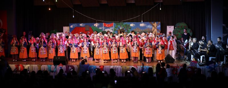 Yalova Bahçeşehir halk oyunları gecesi