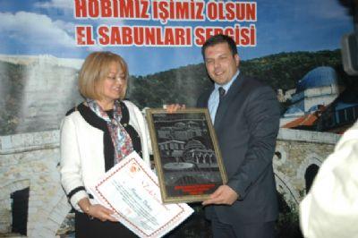 KOSOVA'DA ÇİÇEK SABUNLARINA İLGİ BÜYÜK