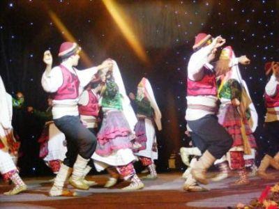 TUFAG Halk Dansları Festivali, izleyicileri büyüledi