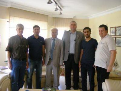 Yalova Gazeteciler Cemiyet'inden, Tahsin Becan'a ziyaret
