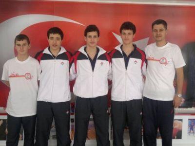 Yalova Bahçeşehir Anadolu Lisesi Türkiye Şampiyonu oldu