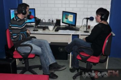 Özlem Altınışık Yalova FM'de Canlı Yayın Konuğu Oldu