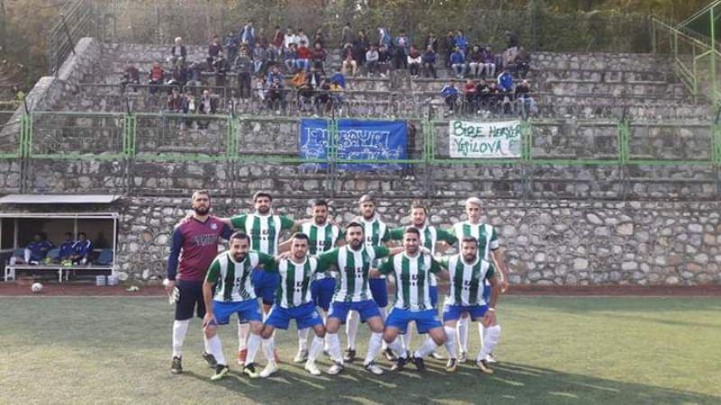 Akköyspor-Yeşilovaspor derbisinde, gülen taraf Yeşilovspor oldu