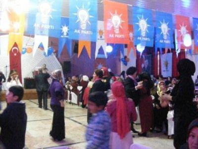 AK Parti Çiftliköy'ün 'Dünya Kadınlar Günü' Eğlencesi
