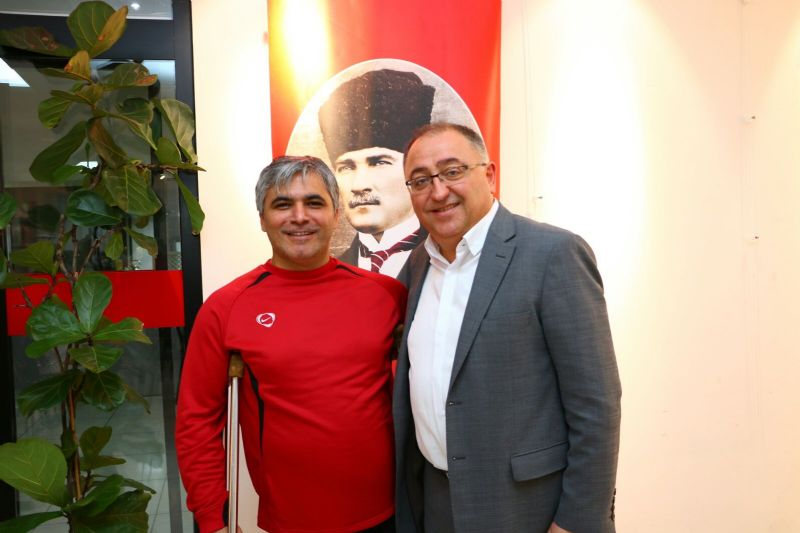 AA Bursa Muhabiri İsmail Ersan'a, BGC'den ödül