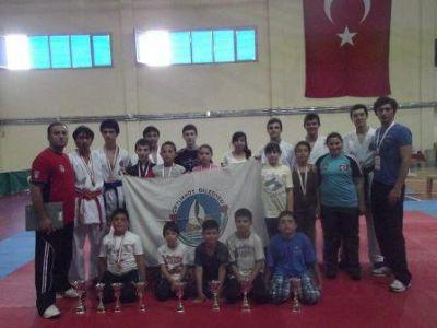 Karatecilerden 16'da 16