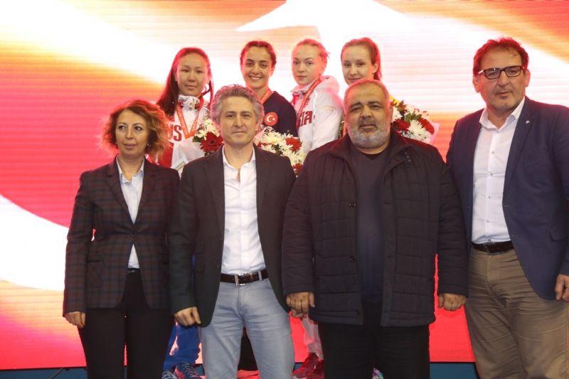 Yaşar Doğu'da Türkiye Şampiyon