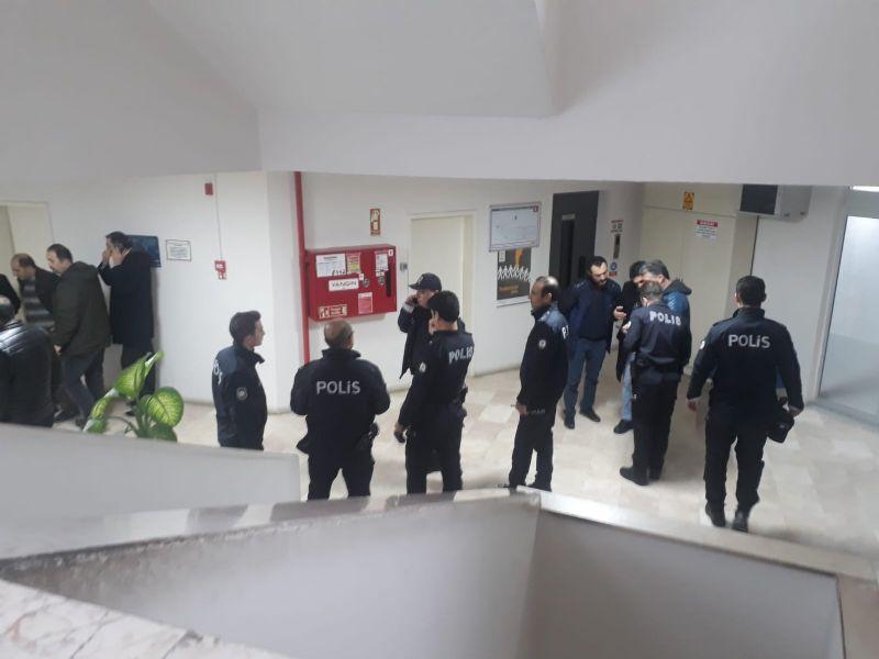 Yalova Belediyesi' nde silahlı saldırı
