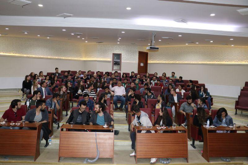 Başkan Salman, üniversitelilere Yalova'yı anlattı