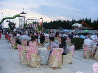 Çiftlikköy CHP İlçe Örgütü'nün dayanışma yemeği gerçekleşti