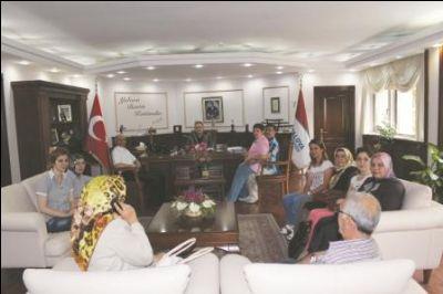 AK Parti Mahalle Teşkilat üyelerinden, Yalova Belediyesi'ne ziyaret