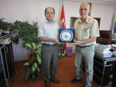 Çiftlikköy Kaymakamı Hasan Öztürk'ten Taşköprü Belediyesine veda ziyareti