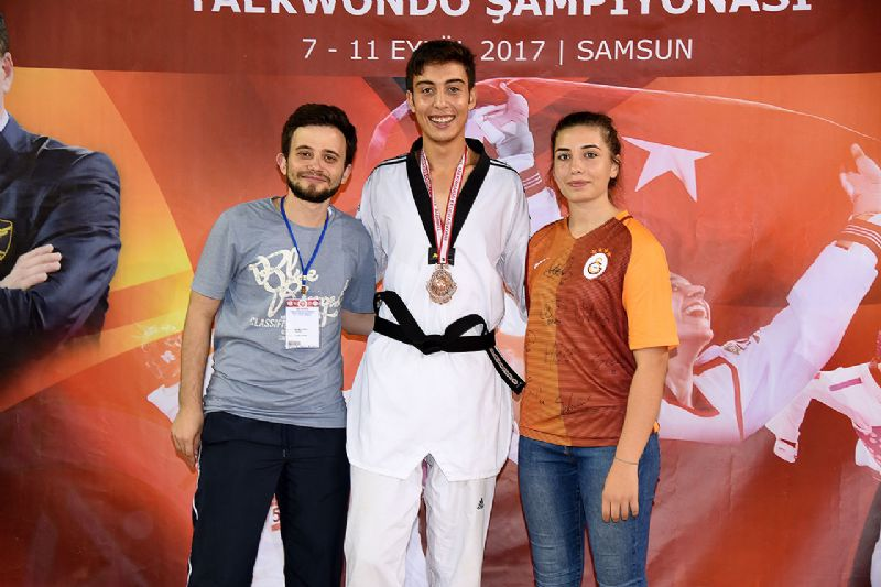 Murat Yakan Türkiye 3.sü