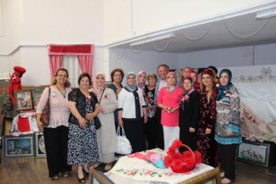 Süleymanbey Mahallesi Karanfil Ev Sergisi Açıldı