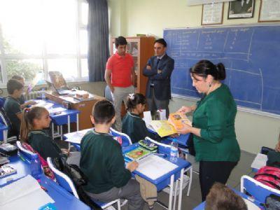 SGK Yalova İl Müdürlüğü'nden İlköğretim Öğrencilerine Kitap ve CD hediyesi