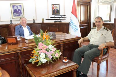 Albay Osman Aslan'dan İade-i Ziyaret