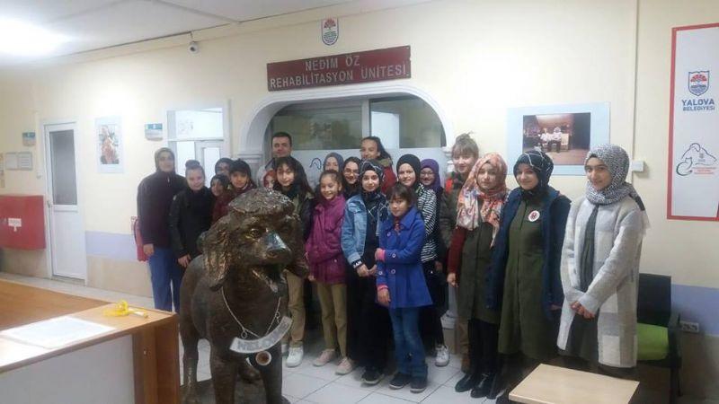 Taşköprü Belediye Başkanı Şaban Ertan'dan öğrencilere en değerli hediye