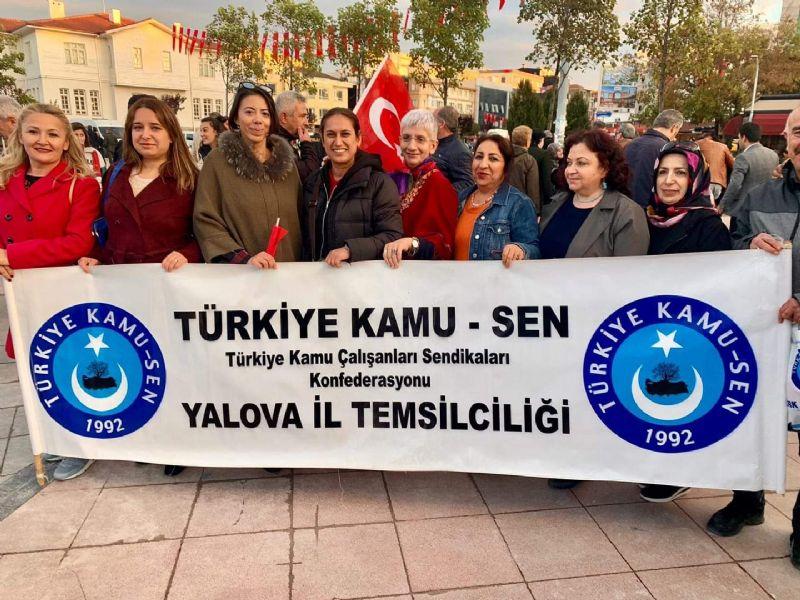 Türk Eğitim Sen Yalova Şubesi, 5 Aralık Dünya Kadın Hakları Günü'nü kutladı.