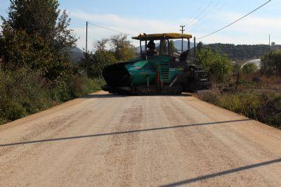 Yalova Belediyesi'nden Merkez Köy Yollarına 9 Bin Ton Asfalt!