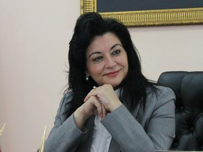 Yalova Valisi Esengül Civelek'den Ramazan Bayramı mesajı