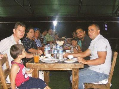 Gazetemiz çalışanları, Hanedan Sofrası'nda iftar yemeğinde bir araya geldi