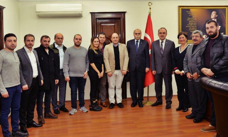 CHP Yalova İl Başkanlığı, Vali Muammer Erol'u ziyaret etti.