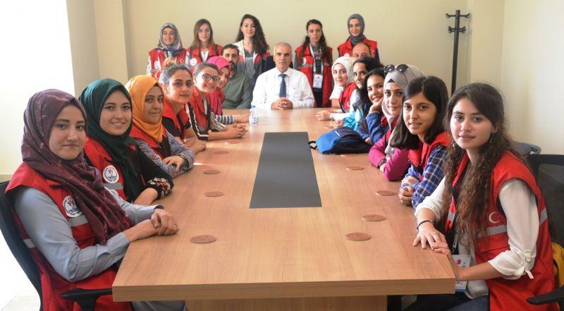 Gönüllü gençlerden 'Damla Projesi'