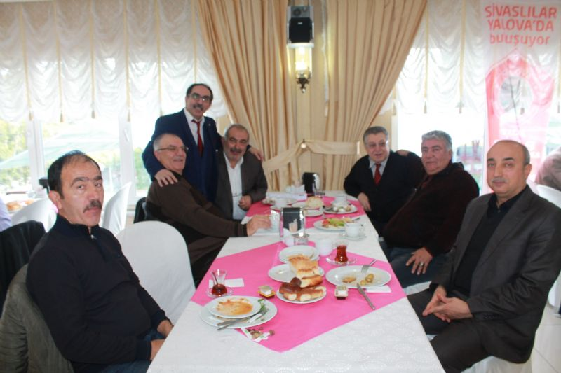 Gürlek; 'Yerli otomobil, Sivas'ta üretilsin'