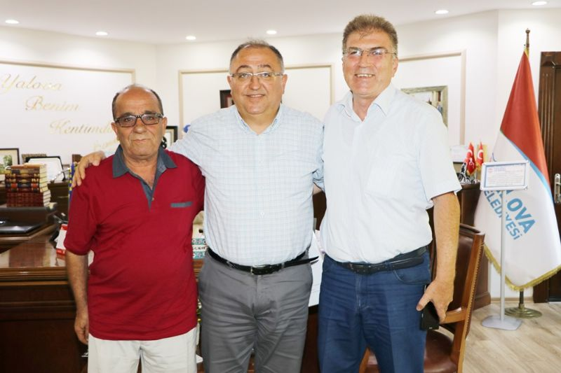 Başkan Salman'dan Briç Turnuvasına destek