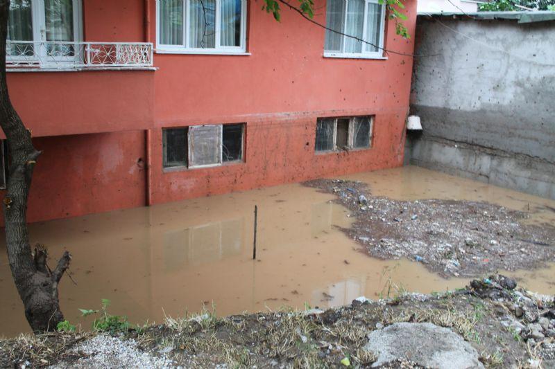 Termal İlçesi'nde de sel etkili oldu