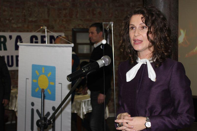 """Ayaz; """"Yalova'nın ilk kadın Belediye Başkanı olmaya talibim"""""""