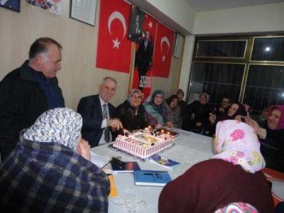 Ertan'a sürpriz doğum günü