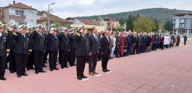 Altınova'da saygı, minnet ve özlemle anıldı